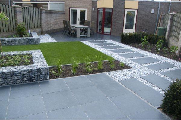 Het palet tuinontwerp moderne achtertuin for Moderne kleine tuin